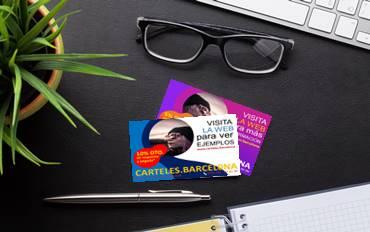 ejemplos de imprimir tarjetas de visita en una oficina